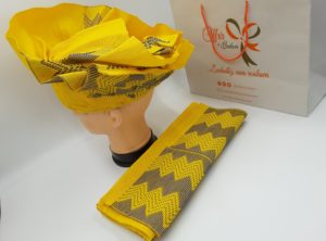 Atchoké (Attache foulards) et son pagne