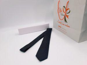 Cravate à motif géométrique (noir or)