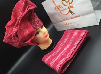 Atchoké (Attache foulards) et son pagne Rose