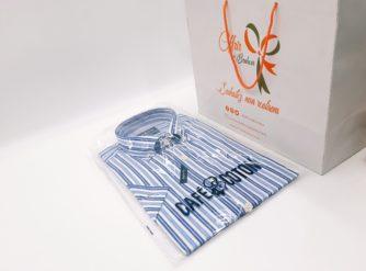 Chemise col boutonné manches courtes à rayures marine et ciel